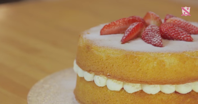 A Mary Berry S Victoria Sponge Cake Recipe By