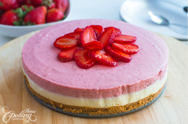 A Wonderful Strawberry Cake Is This No-Bake White Chocolate Strawberry Mousse Cake