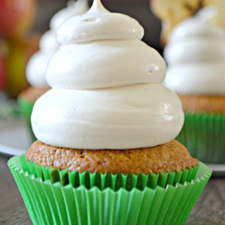 Wonderful Looking Applesauce Cupcakes Cakes With Maple Brown Sugar Cloud Frosting