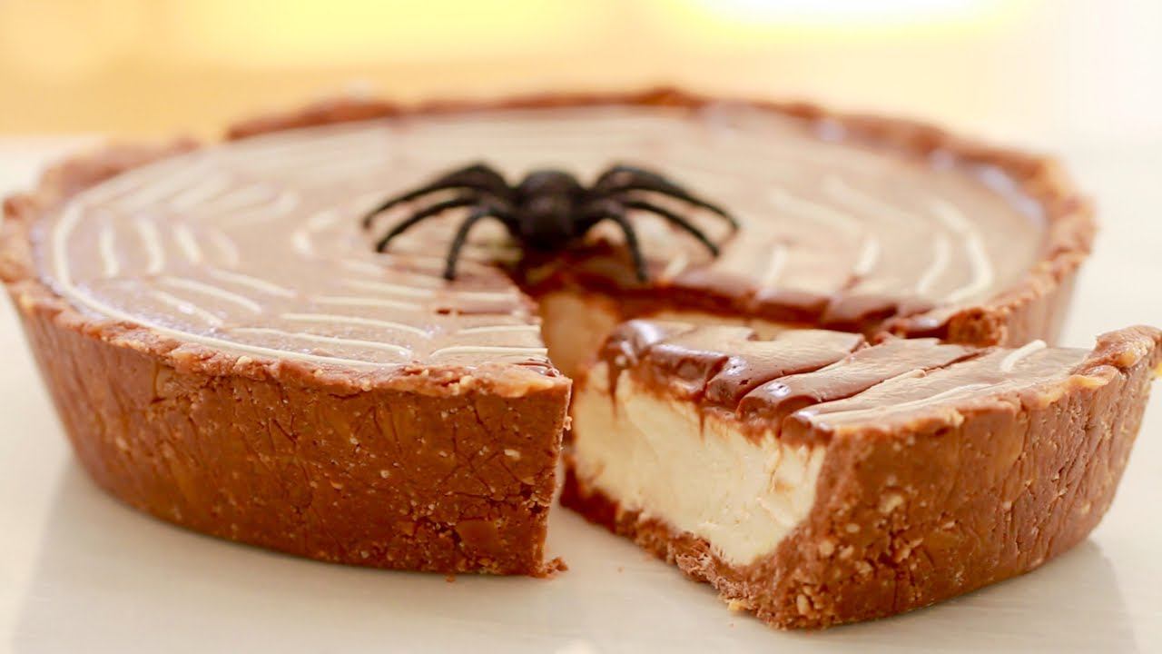 A Really Yummy Non -Bake Twix Pie for Halloween