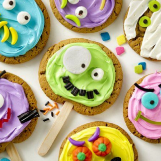 Fun Monster Cookie Pops To Make With The Kids