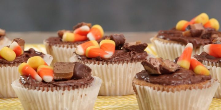 How To Make These Candy Bar Cupcakes