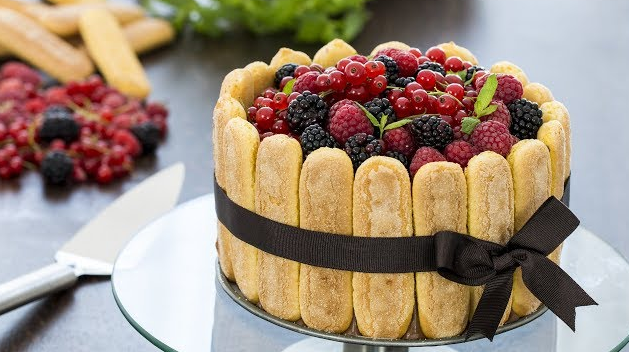 Berry Charlotte Cake Recipe