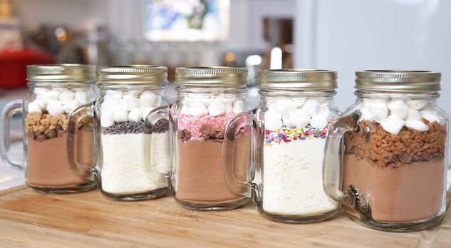 5 Hot Chocolate-In-A-Jar Recipes