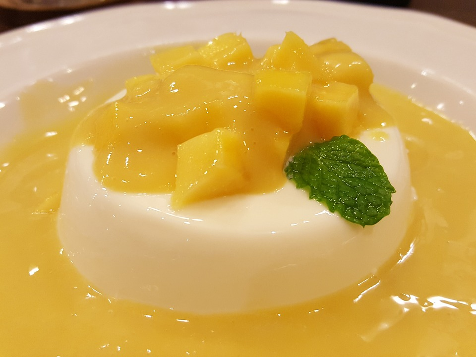 Mango and Coconut Panna Cotta Recipe