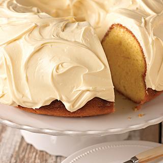An Amazing Lucious Lemon Pound Cake To Make