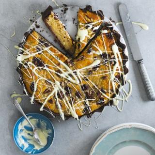 A Wonderful Sponge Cake Recipe Is This Banana And White Chocolate Blondie Tart