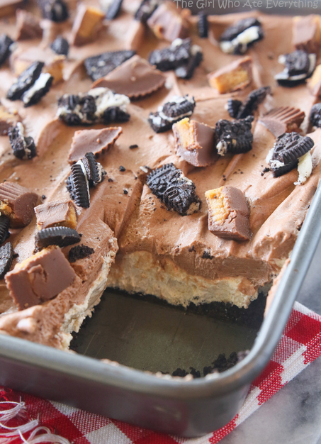 Looking For One Of Those Perfect Oreo Dessert Recipes .. A No Bake Peanut Butter Oreo Dessert