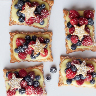 Patriotic Berry Tart Recipe For These Star-Studded Berry Tarts