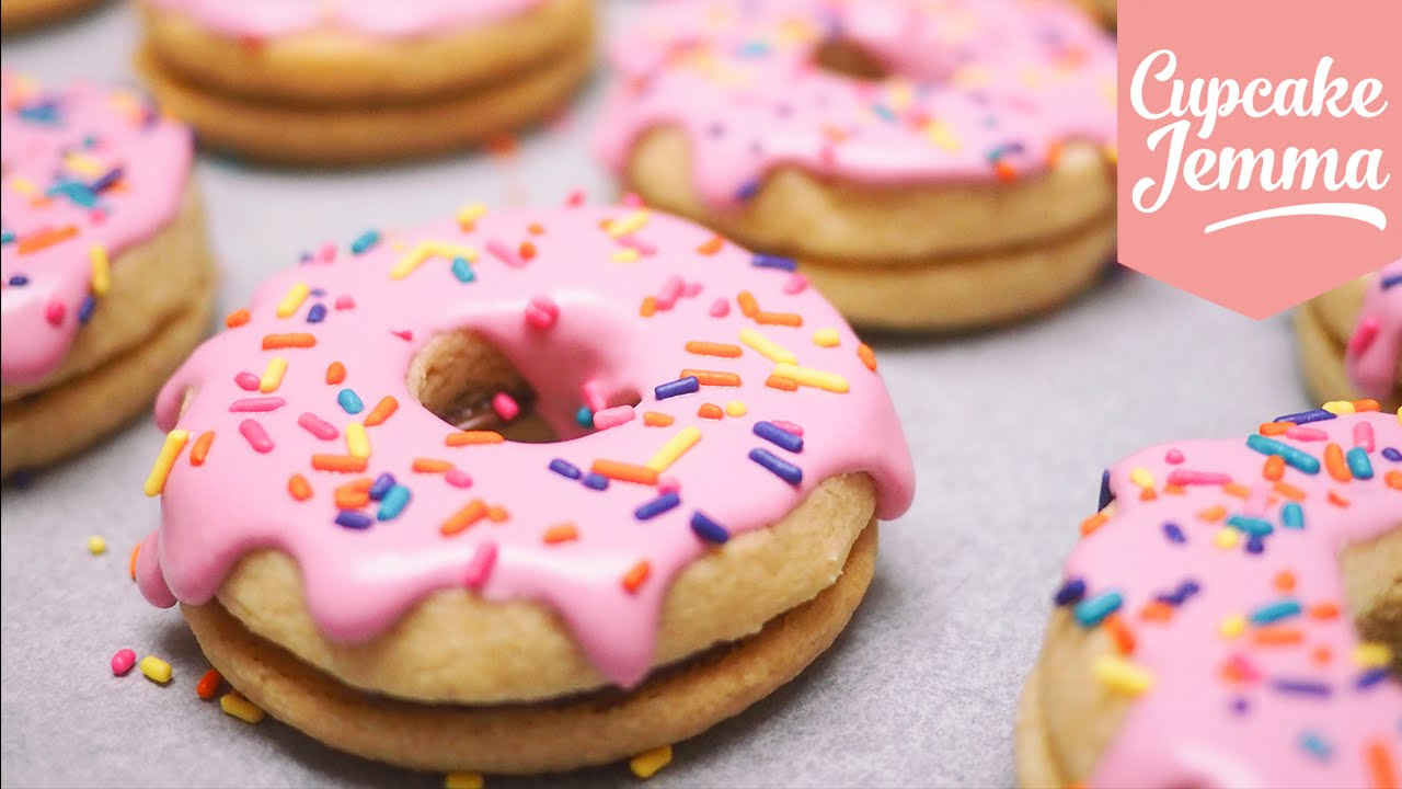 How to Make Doughnut Shaped Wonderful Shortbread Cookies