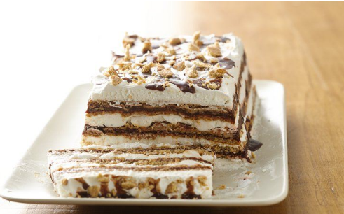 Look At This S'mores Ice Box Cake.. Yummy