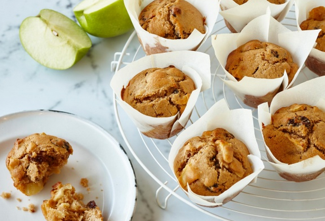A Super Basic Recipe For Apple Cinnamon Muffins
