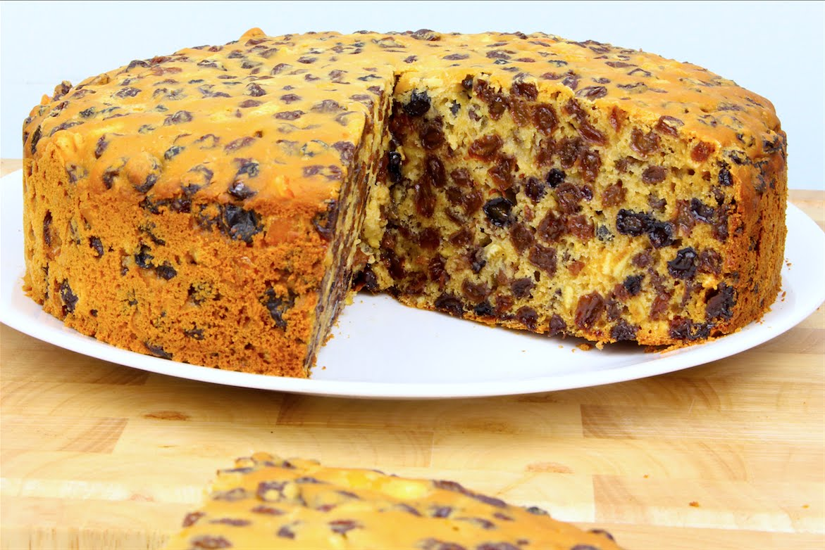 An Amazing Fruit Cake Recipe With Just 3 Ingredients