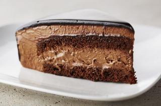 A Wonderfully Rich Indulgent Chocolate Mousse Cake