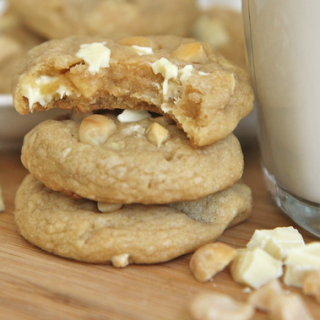 How Good ..Chewy White Chocolate Macadamia Cookies