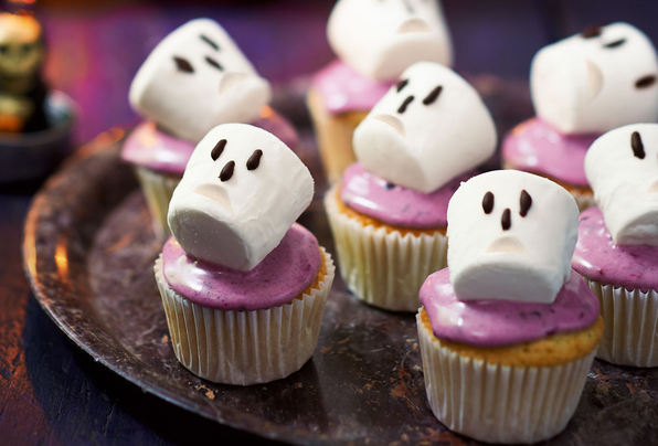 Wonderful Marshmallow Cupcakes That Are Spooky Blackberry Cupcake Recipe For Halloween
