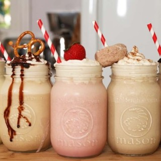 Looking For That Milkshake Recipe ? Here Are 5 Outrageously Yummy Ones To Try Out