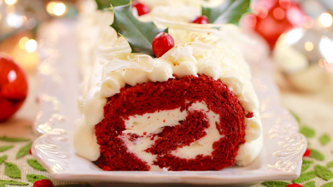 I rolled my eyes at the red velvet cake trend, but now I can't get enough. I'll make any excuse to have 'cake' for breakfast– here's my take on a classic.