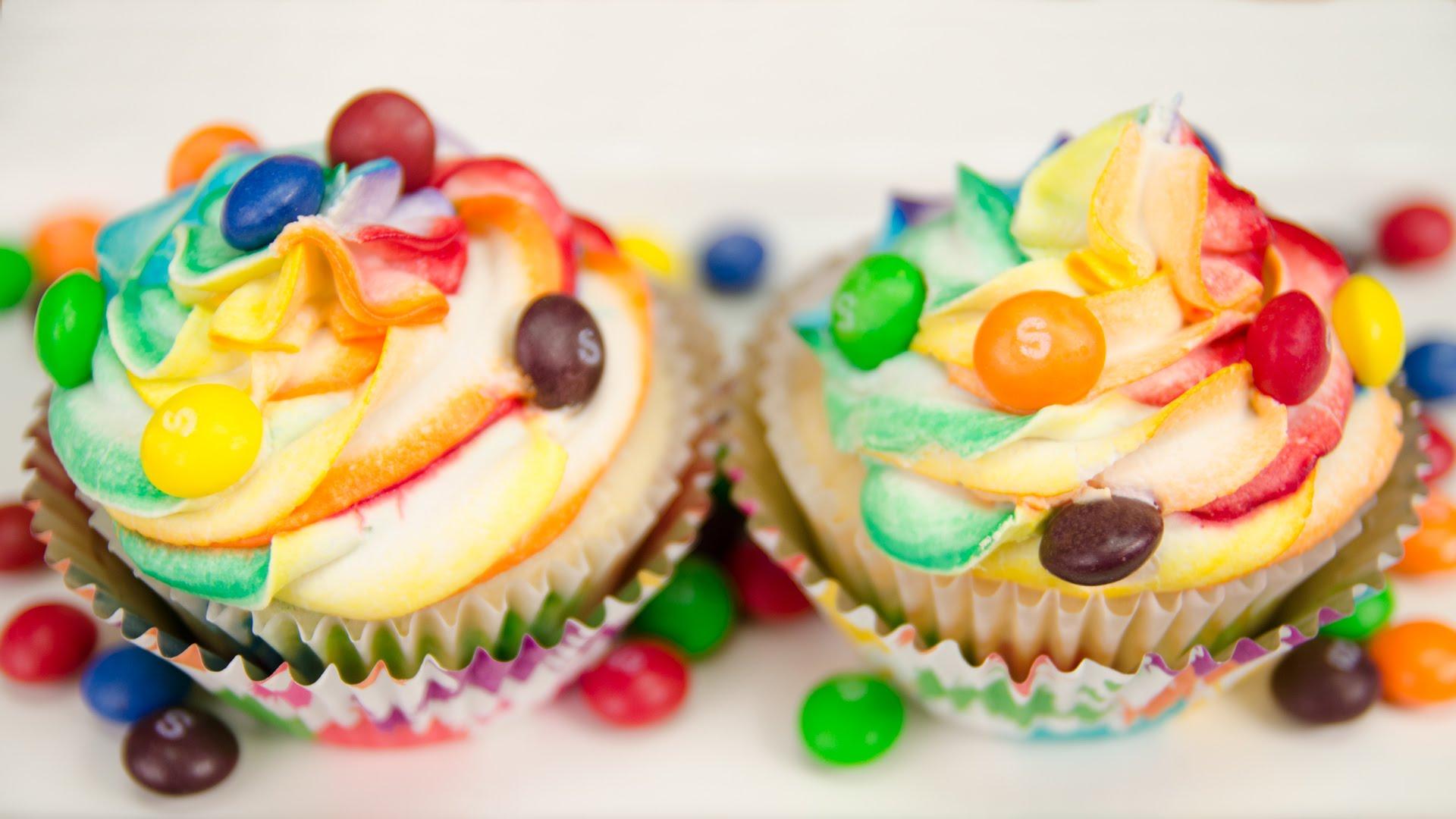 Ice Cream Cone Rainbow Cake Pops: Cookies Cupcakes and Cardio ...
