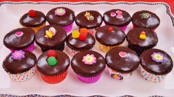 Wonderful Chocolate Cupcakes Recipe With Chocolate Ganache Frosting