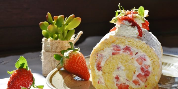 Strawberry & Cream Cake Roll