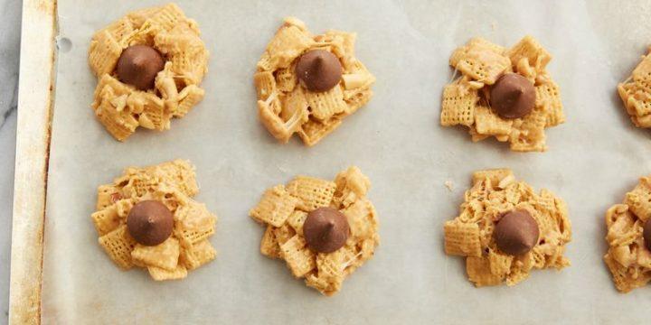 No-Bake Peanut Butter Kiss Cookies