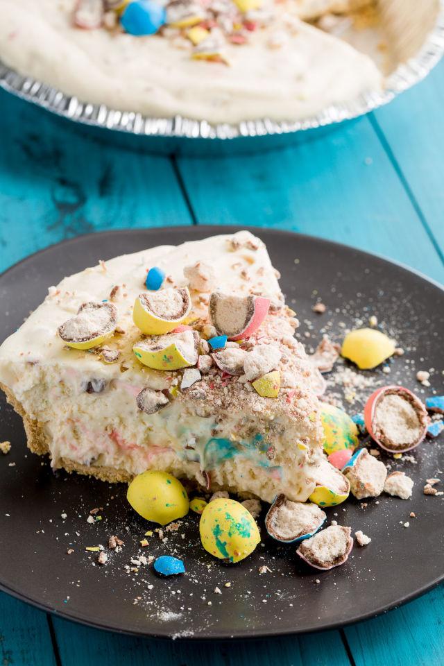 Robin's Egg No-Bake Cheesecake