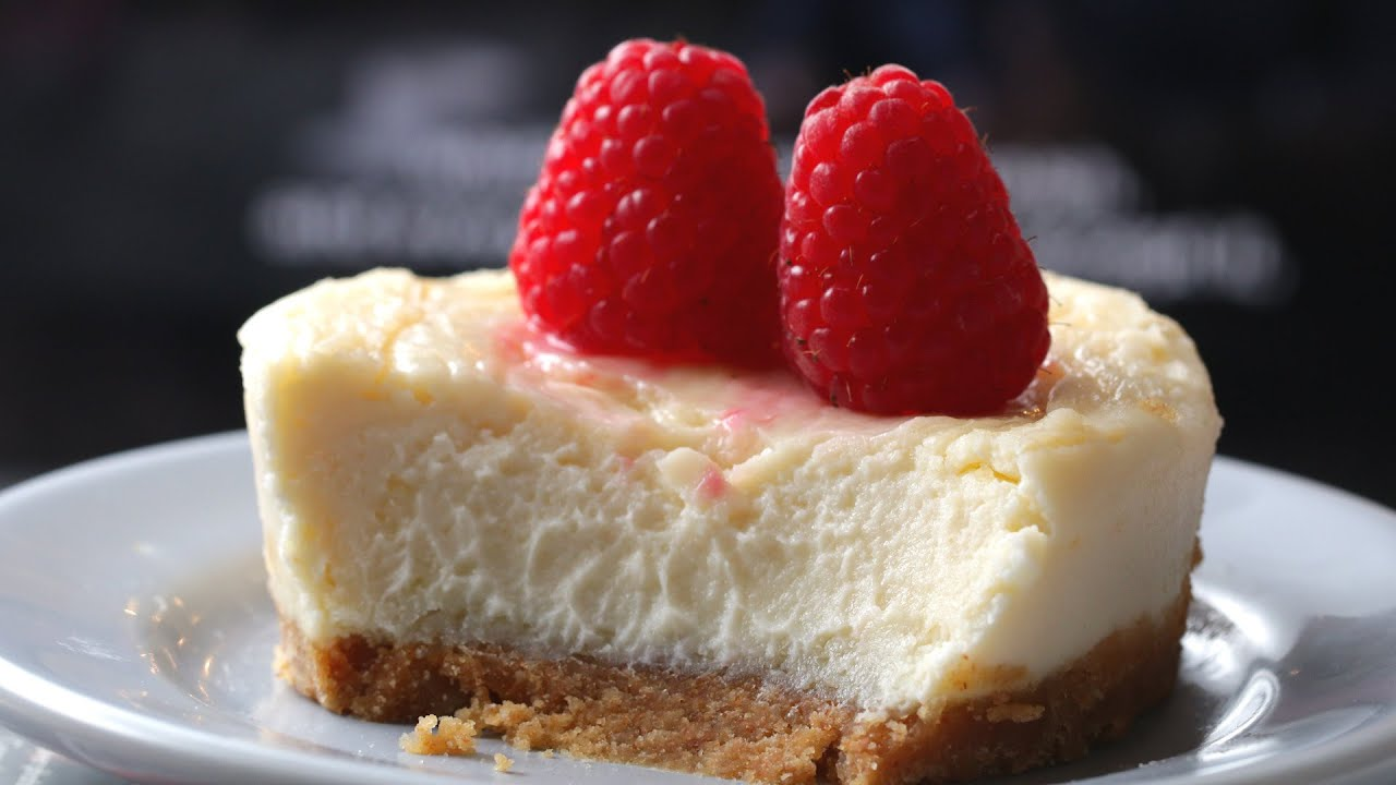 A Yummy 5 Minute Microwave Cheesecake