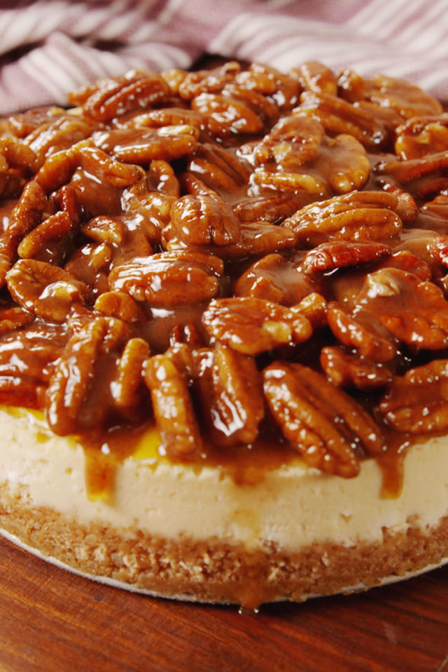 Step-by-Step Guide To Pecan Pie Cheesecake