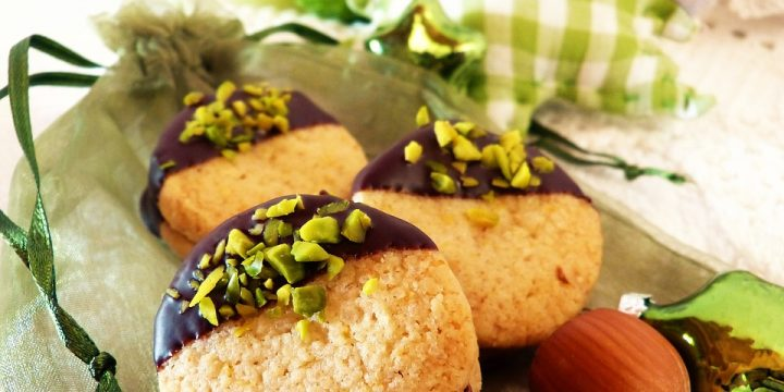 Pistachio Chocolate-Dipped Cookies